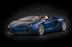 Pocher_Lamborghini_Aventador_LP_700-4_Roadster_Blue_Monterrey_metallic-blue_HK103-2