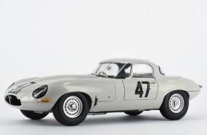 para_1963-Jaguar-E-Type-Lightweight2