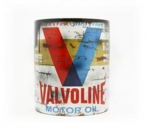 web_valvoline_oil_1_720x