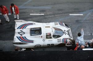 le-mans-winnende-porsche-917-van-gijs-van-lennep-en-helmut-marko